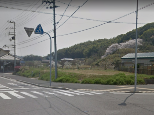 淡路市(旧一宮町)尾崎…角地の広々とした土地