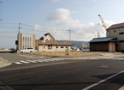 淡路市(旧北淡町)富島…県道沿い…建築条件なし!(価格改定しました!)